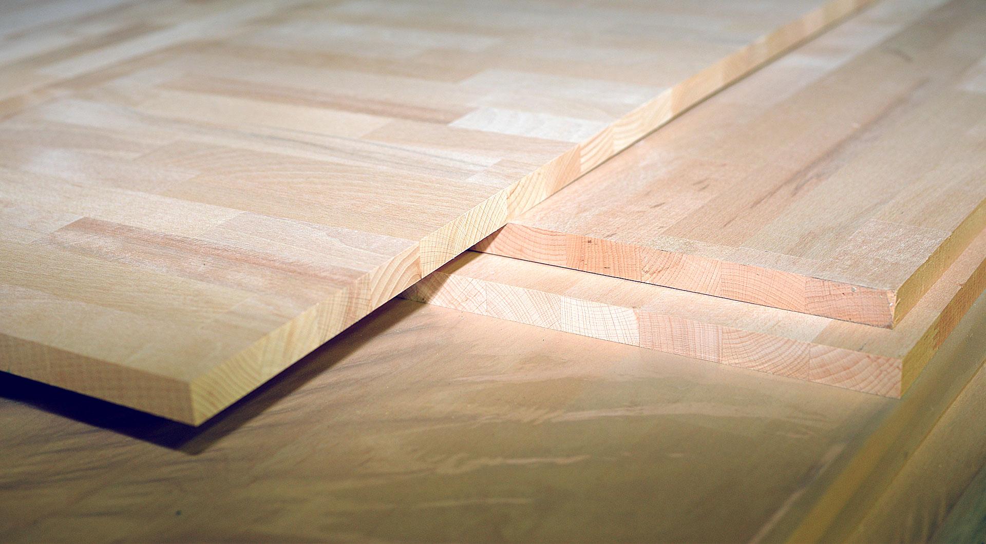 Arbeitsplatten mit HPL-Oberflächen bei Holz Roeren