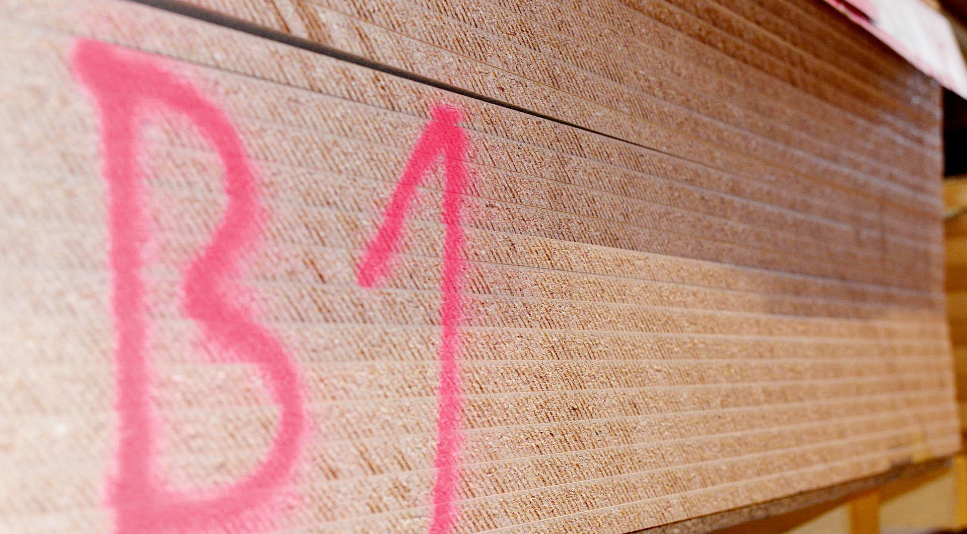 Holz Roeren: Spezialist für Brandschutzplatten f90