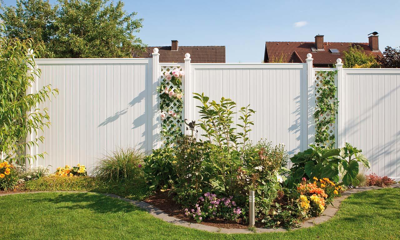 Sichtschutz und Zäune aus Kunststoff – langlebig und robust